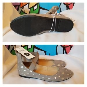 *SOLD* Girls Silver Stars  Ankle Wrap Ballet Flats